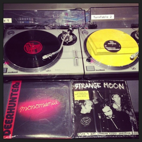 Deerhunter, Monomania vs. A Place To Bury Strangers, Strange Moon